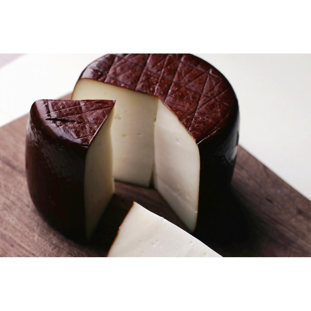 Zinka козиний сир напівтвердий витриманий  від 6 місяців /головка 650g/