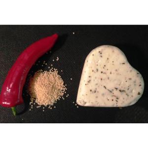Zinka козиний сир напівтвердий /Сердечко з неаполітанськими травами 220g/